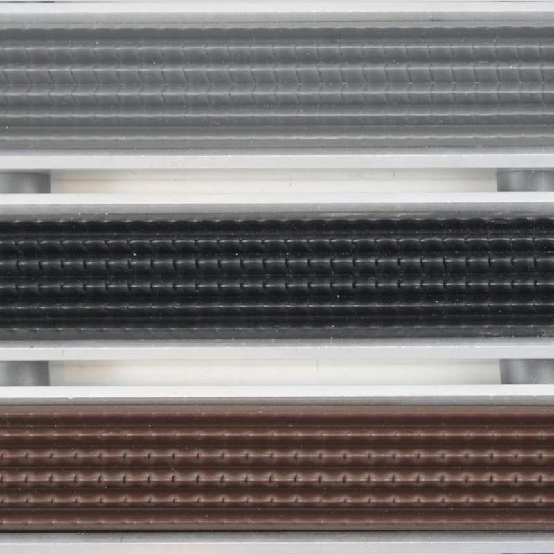 Clean Rubber 60 x 90 cm - wycieraczka aluminiowa z profilem najazdowym